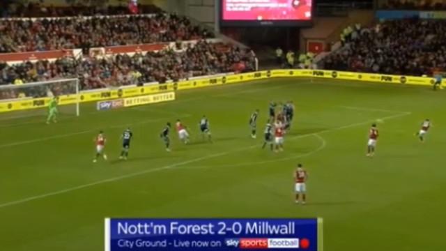 O golaço de João Carvalho no empate do Nottingham Forest