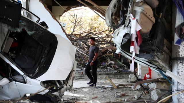 Indonésia prolonga operações de resgate após sismo a pedido de moradores