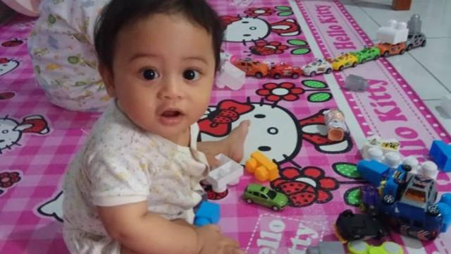 """Perdeu o """"amor da vida"""", agora procura filho. A luta de um pai indonésio"""