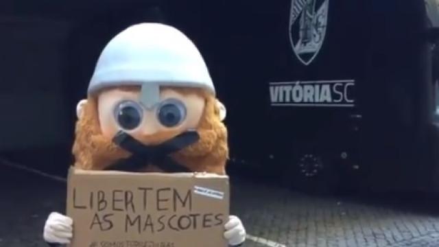 """""""Solidário com o Jubas"""": Mascote do Vitória SC lança campanha original"""