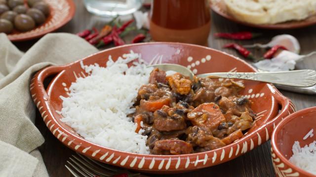 História e boa comida portuguesa: Conheça o restaurante Manel da Aninhas