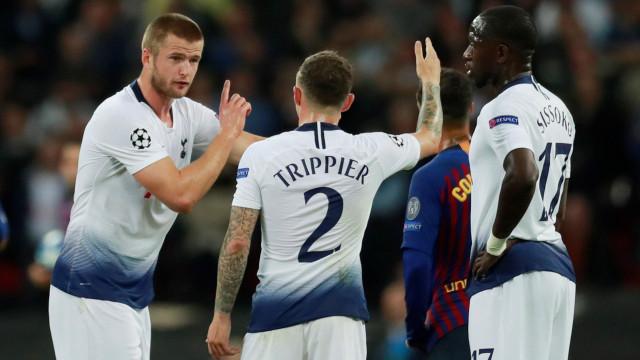 Depois de 90 minutos a defender Messi, Trippier 'rendeu-se'