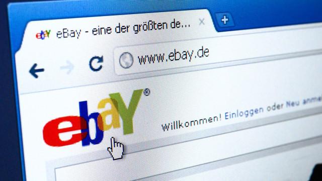 Coloca namorada à venda no eBay