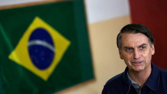 Jair Bolsonaro já votou