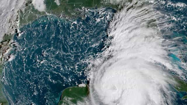Tempestade Michael ganhou força e subiu para a categoria de furacão
