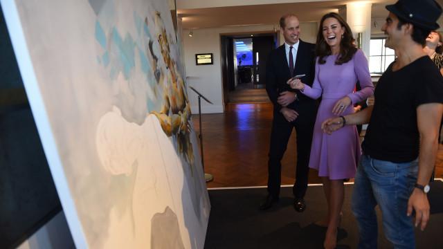 Príncipe William faz uma piada sobre Kate Middleton