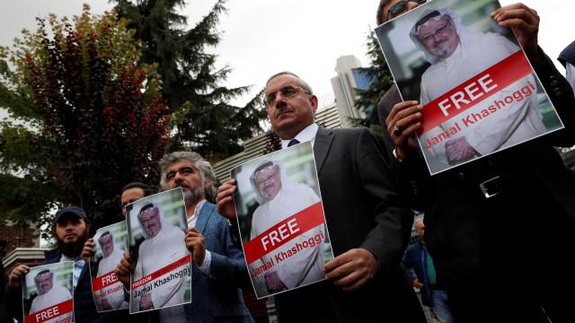 """EUA e Turquia concordam na """"necessidade de esclarecer"""" morte de Khashoggi"""