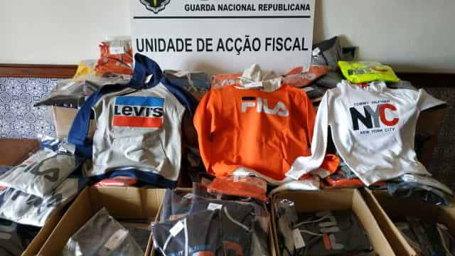 Apreensão de artigos contrafeitos na Maia ascende os 21 mil euros