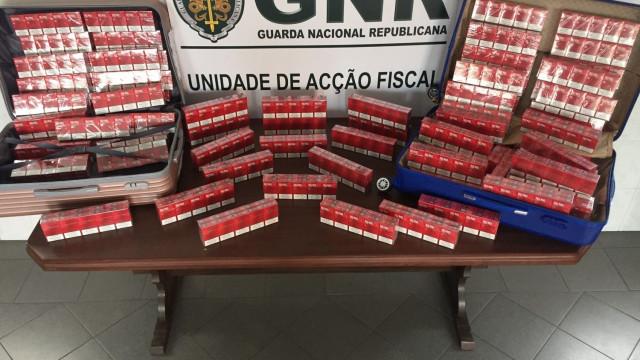 Apreendidos em Coina mais de 22 mil cigarros produzidos na África do Sul