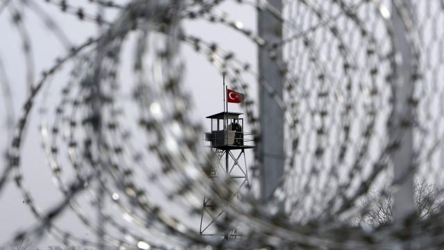 Três mulheres encontradas mortas perto da fronteira grega com a Turquia