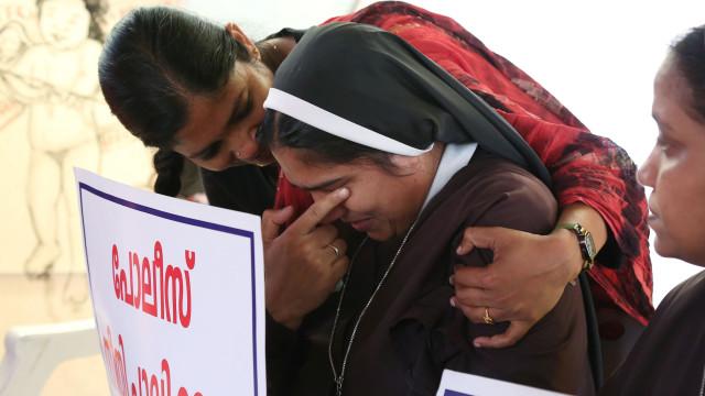 Governo indiano cria comité para examinar denúncias de agressão sexual