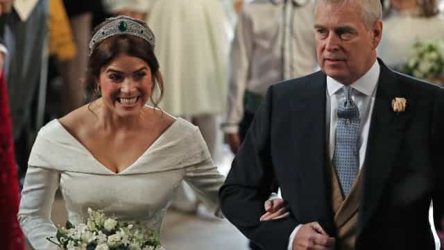 Discurso de pai de Eugenie levou convidados às lágrimas em casamento