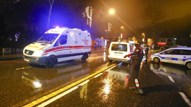 Pelo menos 22 mortos em acidente de viação com migrantes na Turquia