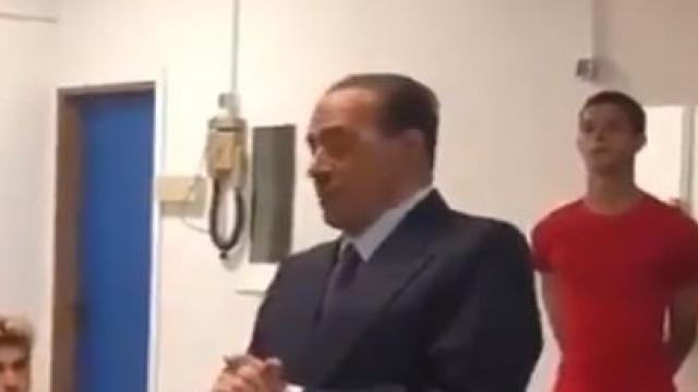 A 'insólita' palestra de Berlusconi aos jogadores do Monza