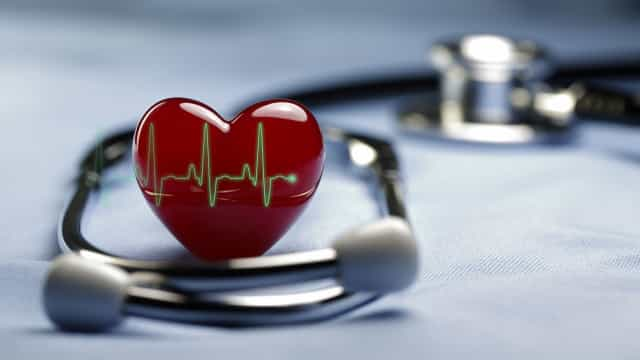 Estes são os dois maiores inimigos do seu coração. Diga não e proteja-se!