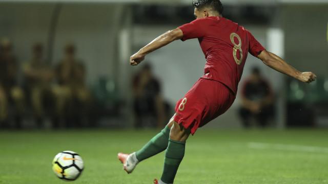 Portugal respira fundo: Vitória com a Bósnia garante playoff para o Euro