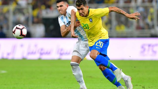 Superclássico: Brasil deixa Argentina a chorar com golo ao cair do pano