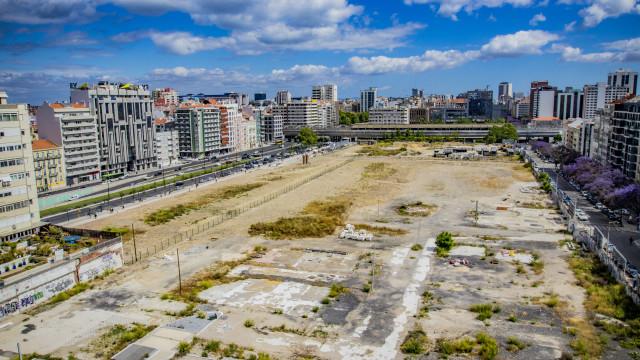 Início das obras do parque verde da Feira Popular aguarda saída de clube