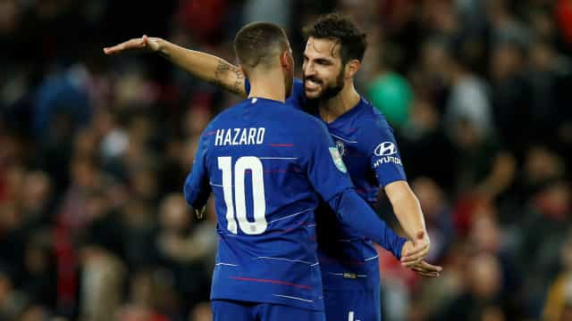 Fàbregas despede-se do Chelsea contra quarteto português
