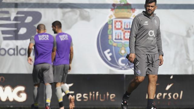 Sérgio Conceição ainda sem nove 'internacionais' à disposição