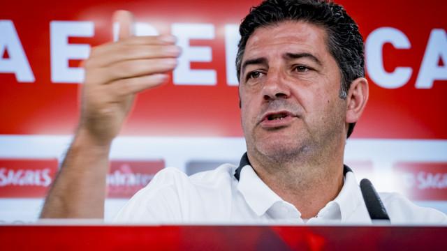 Assim se despediu o Benfica de Rui Vitória nas redes sociais