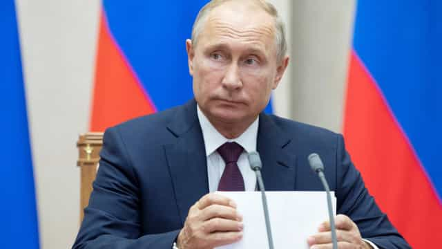 """Ataque a politécnico na Crimeia """"foi uma tragédia"""", declara Putin"""