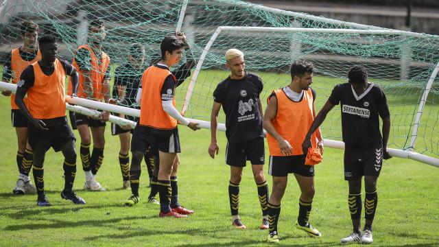 Sertanense-Benfica: A coragem de David diante da pressão de Golias