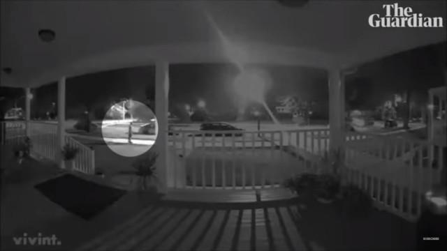Jovem autista que fugiu de casa baleado por polícia em Chicago