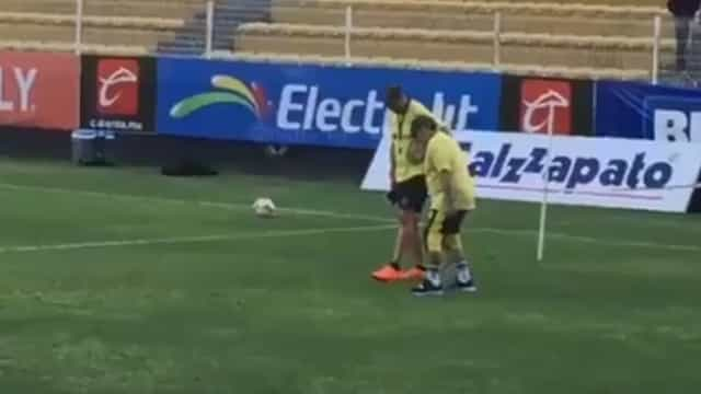 """""""Maradona não tem cartilagens nos joelhos. É um problema grave"""""""