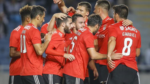 """""""Se o Benfica quer seguir em frente, não pode perder em Amesterdão"""""""