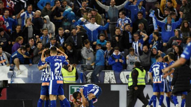 Alavés vence nos Balaídos e passa a noite na liderança de La Liga