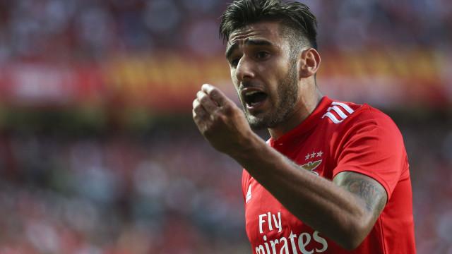"""Salvio agradece a Vieira e diz-se """"muito feliz"""" no Benfica"""