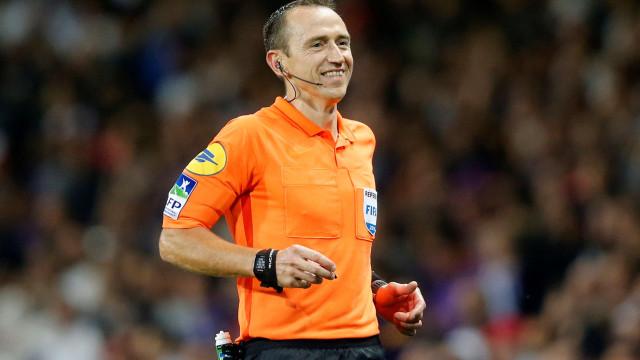 UEFA já escolheu o árbitro para o Ajax-Benfica