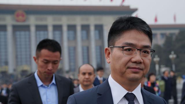 Milionário chinês acusado de violação foi convidado do casamento real