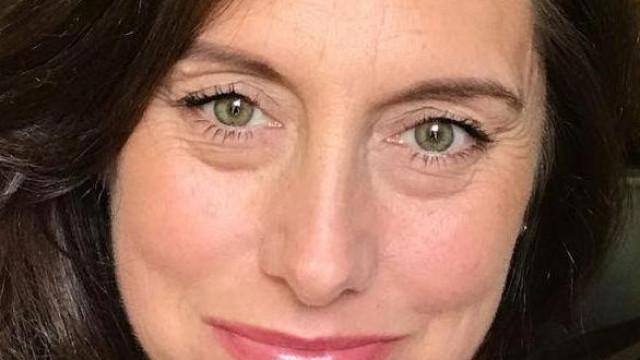 Centenas juntam-se em buscas por mulher que desapareceu há 12 dias