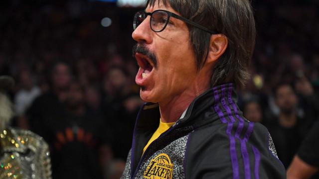 Entre murros e confusão na NBA, vocalista dos Red Hot meteu-se ao barulho