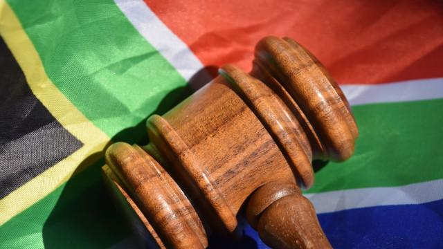 """""""Coisa de pesadelos"""". Prisão perpétua para dois canibais sul-africanos"""