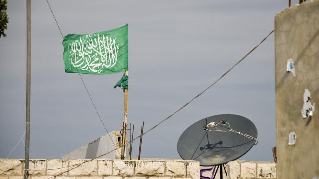 Ataque aéreo destrói estação televisiva do Hamas na Faixa de Gaza