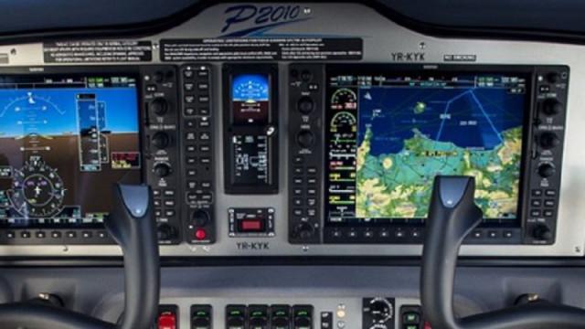 Aeronave de instrução aterra sem trem no Aeródromo de Tires