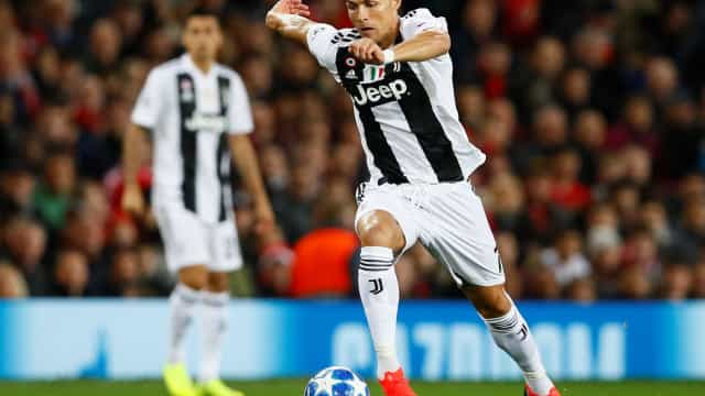 [0-0] Manchester United-Juventus: Rola a bola em Old Trafford
