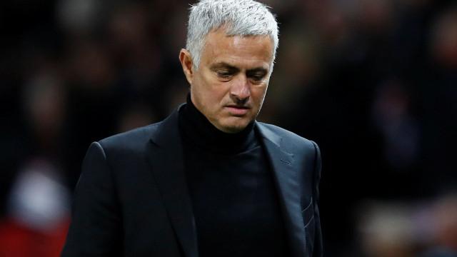 """Mourinho farto dos rumores: """"Fazem-me sentir muito, muito especial"""""""