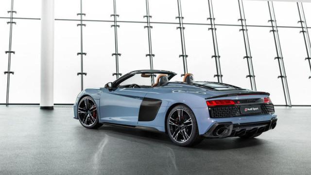 Audi apresenta R8 renovado e com data de lançamento