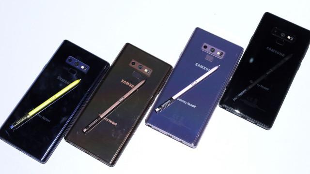 Samsung também quer lançar computadores de ecrã dobrável