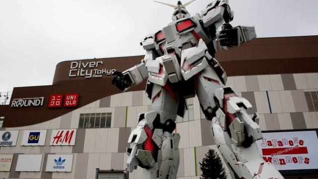 Empresário chinês condenado por falsificar robô japonês