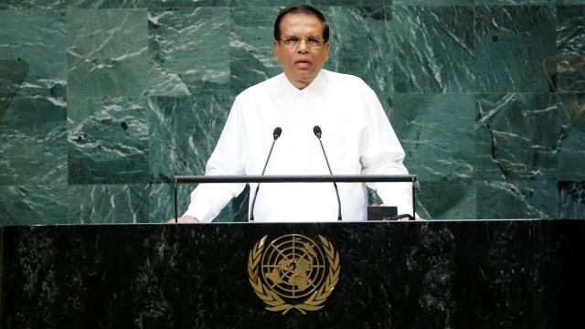 Presidente do Sri Lanka reconduz primeiro-ministro e alivia impasse