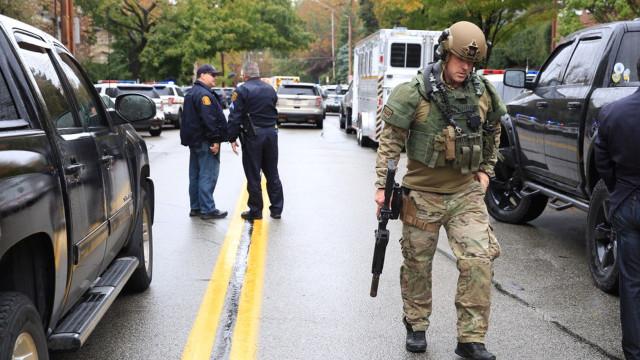 Presença de Trump em Pittsburgh após ataque a sinagoga gera desagrado
