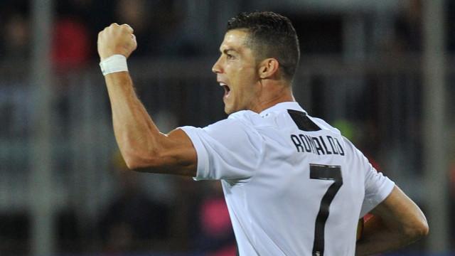 CR7 'calou' os críticos após assinar um 'tratado' de futebol em Empoli