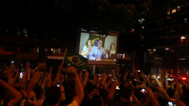 """Bolsonaro vai """"mudar destino do Brasil"""", seguindo """"ensinamentos de Deus"""""""
