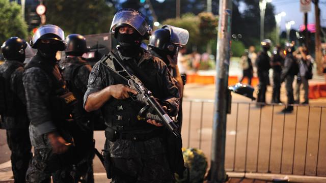 Soldado da Polícia Militar feriu quatro pessoas em festejo pró-Bolsonaro