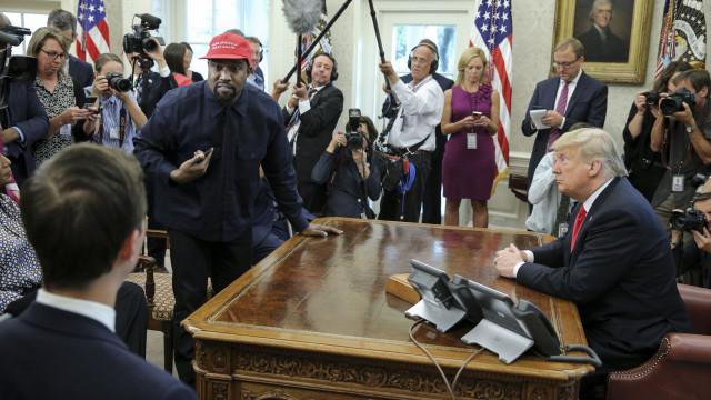 'Blexit': Kanye West quer tirar negros do Partido Democrata